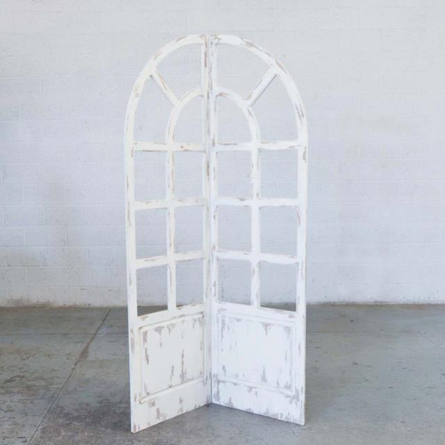 Where to find BACKDROP, VINTAGE WINDOW IVORY HINGED in Camarillo