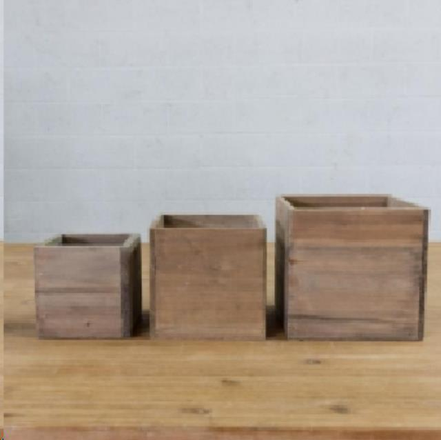 Where to find WOOD SQUARE PLANTERS in Camarillo